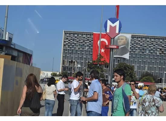 Taksim-Square.21.jpg