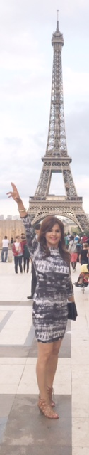Author in front of the Eiffel tower
