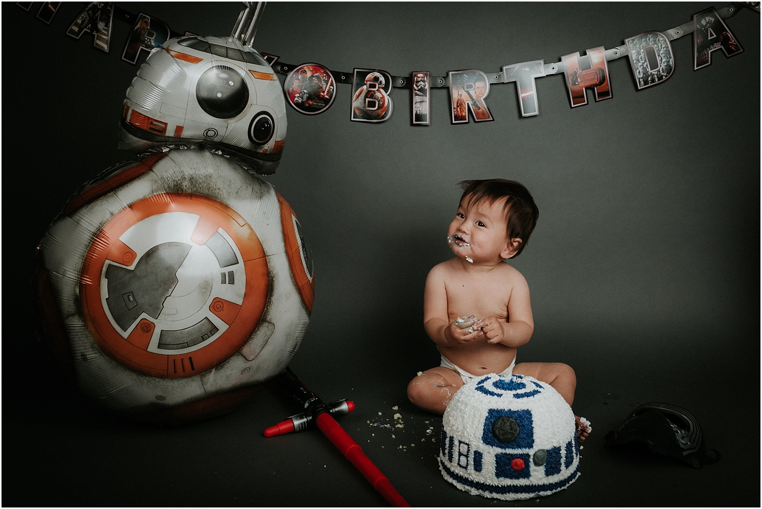 Berks County Photographer Star Wars Cake Smash