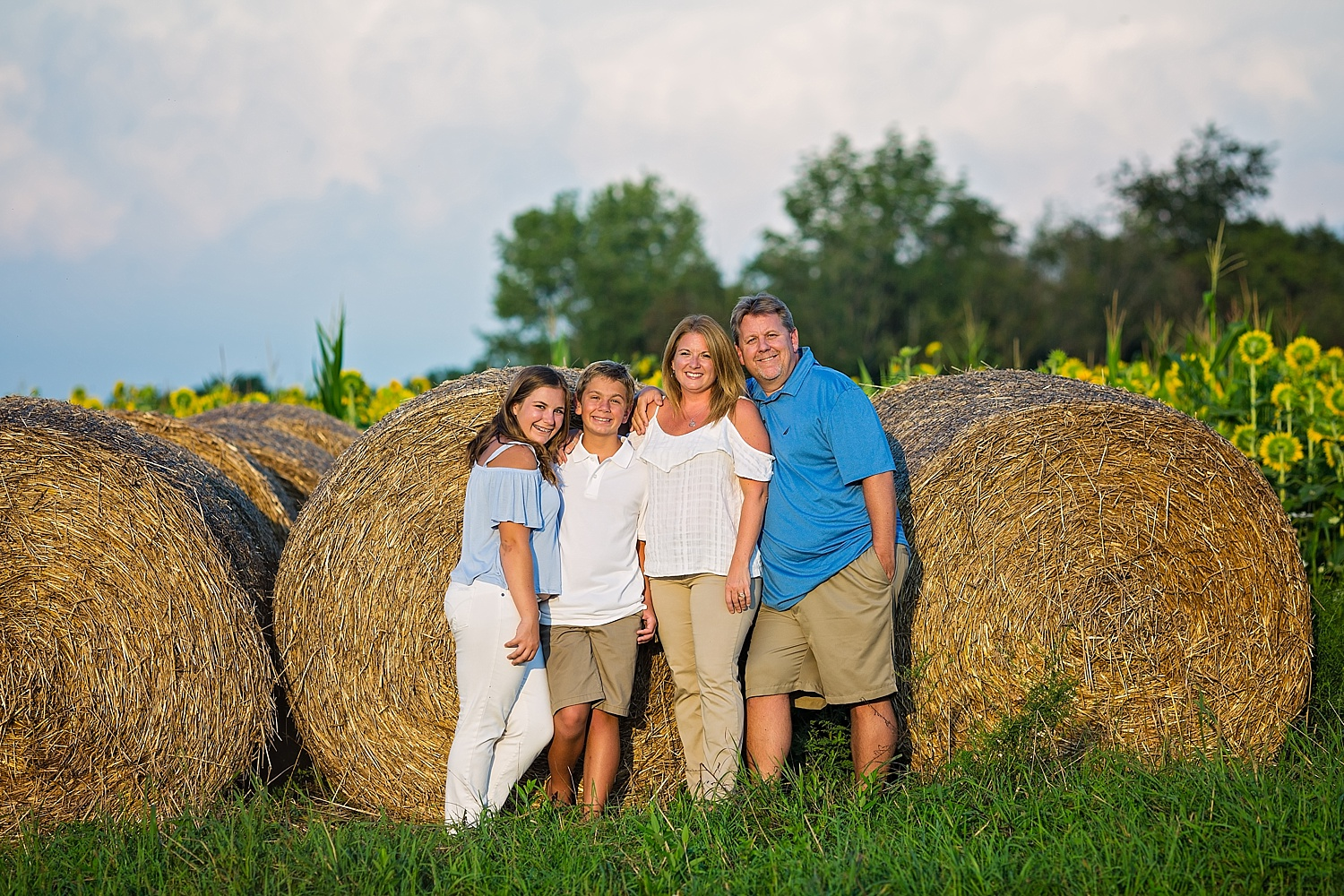 Berks County Blue Marsh Lake Sunflower Field Family Photographer