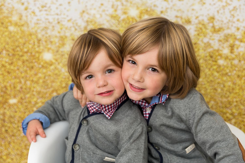 GoggleWorks Studio Reading Pennsylvania Child Family Christmas Photographer