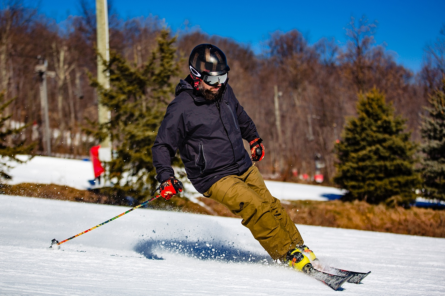 Bear Creek Mountain Resort high school snowboard senior portrait session photographer