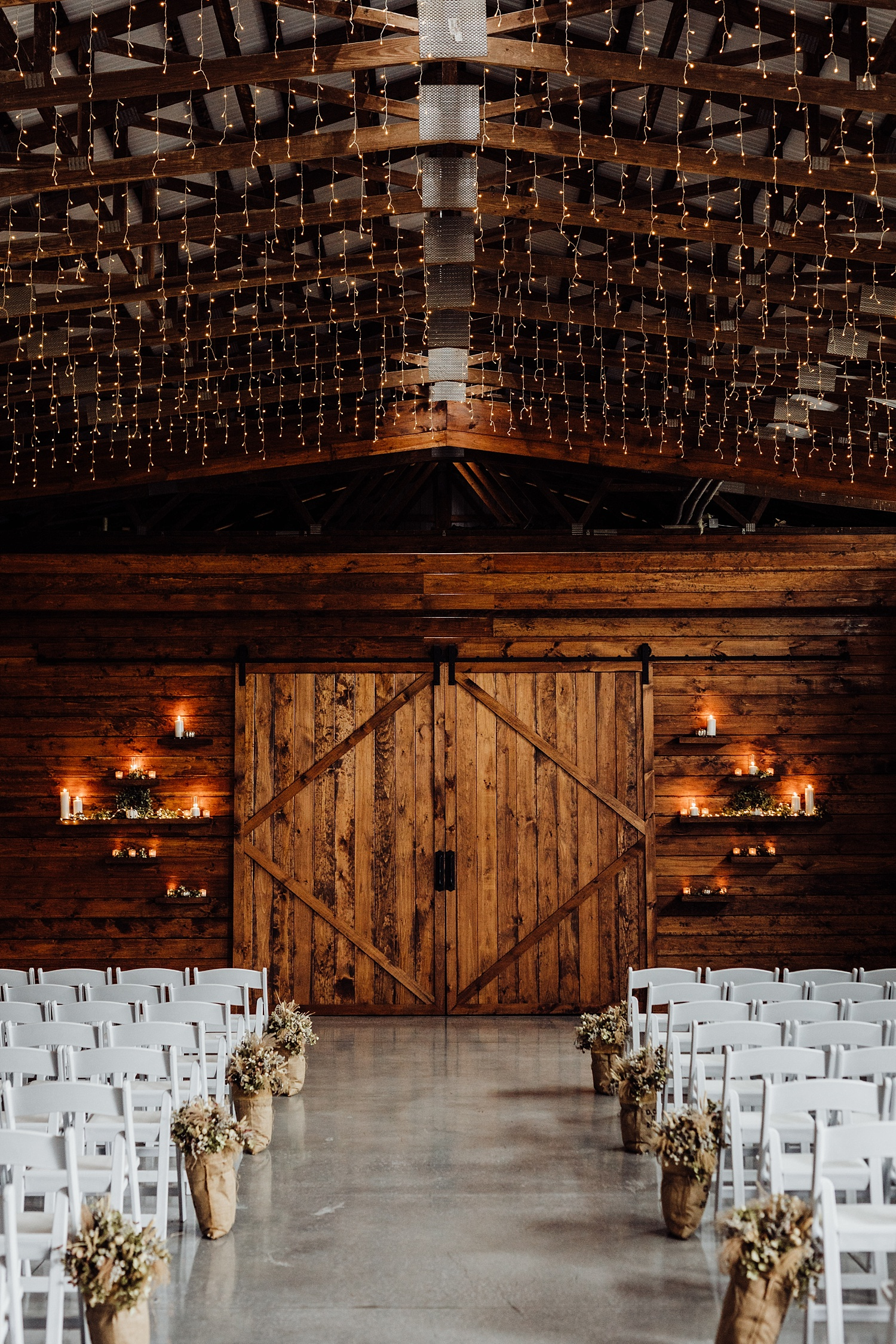 Barn at Silverstone Lancaster Pennsylvania Autumn Fall Rustic Boho Wedding Photographer