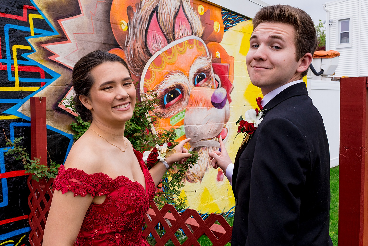 Wyomissing West Reading Pennsylvania high school prom Class of 2019 2020 senior portrait photographer murals