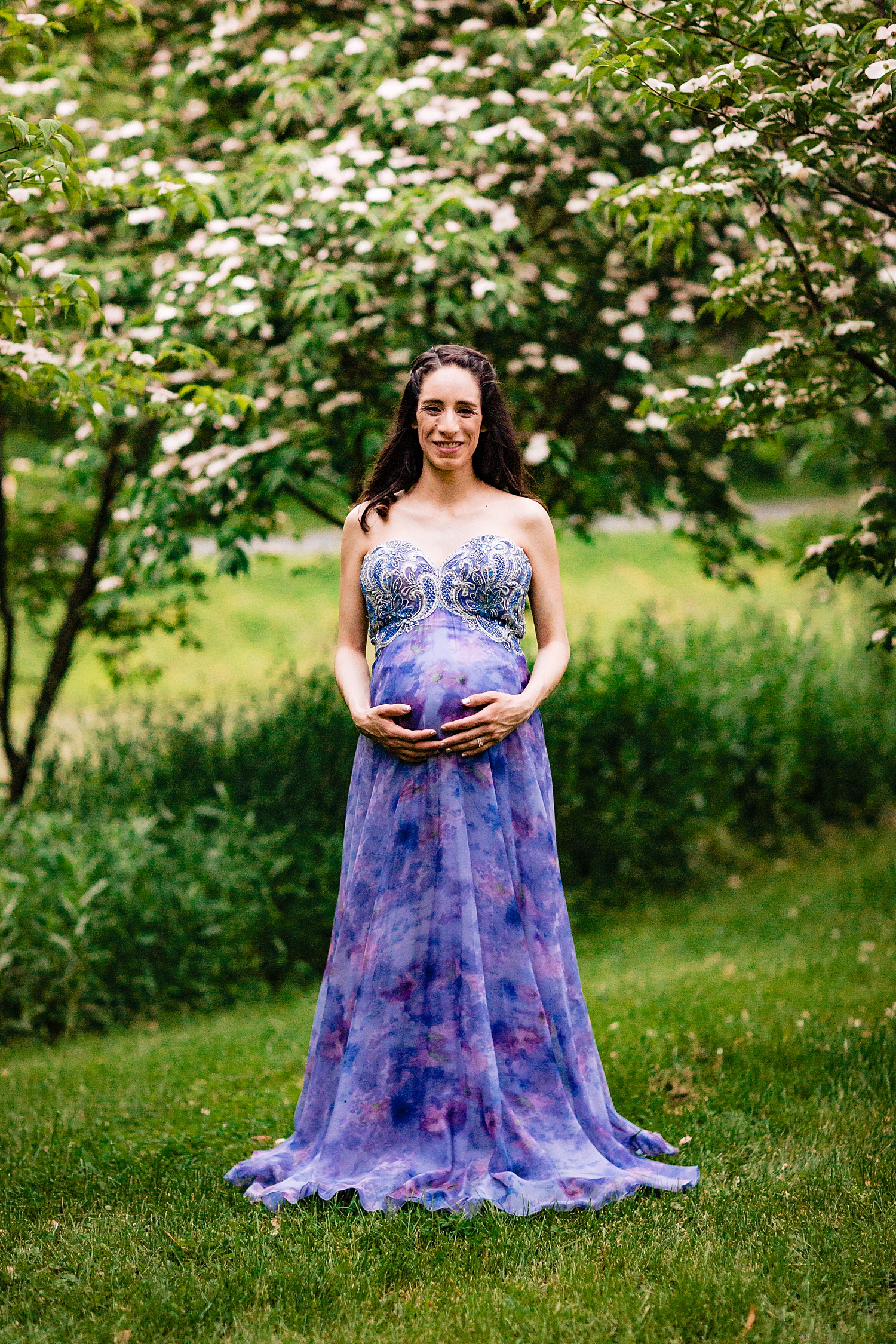Gring's Grings Mill Red Covered Bridge Heritage Center Wyomissing Pennsylvania maternity session portrait photographer