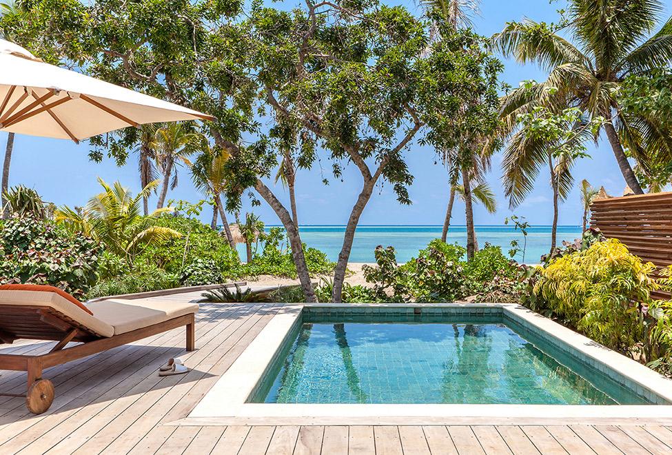 975x660_SSFJI_Beachfront_Pool_Villa_deck_140x87.jpg