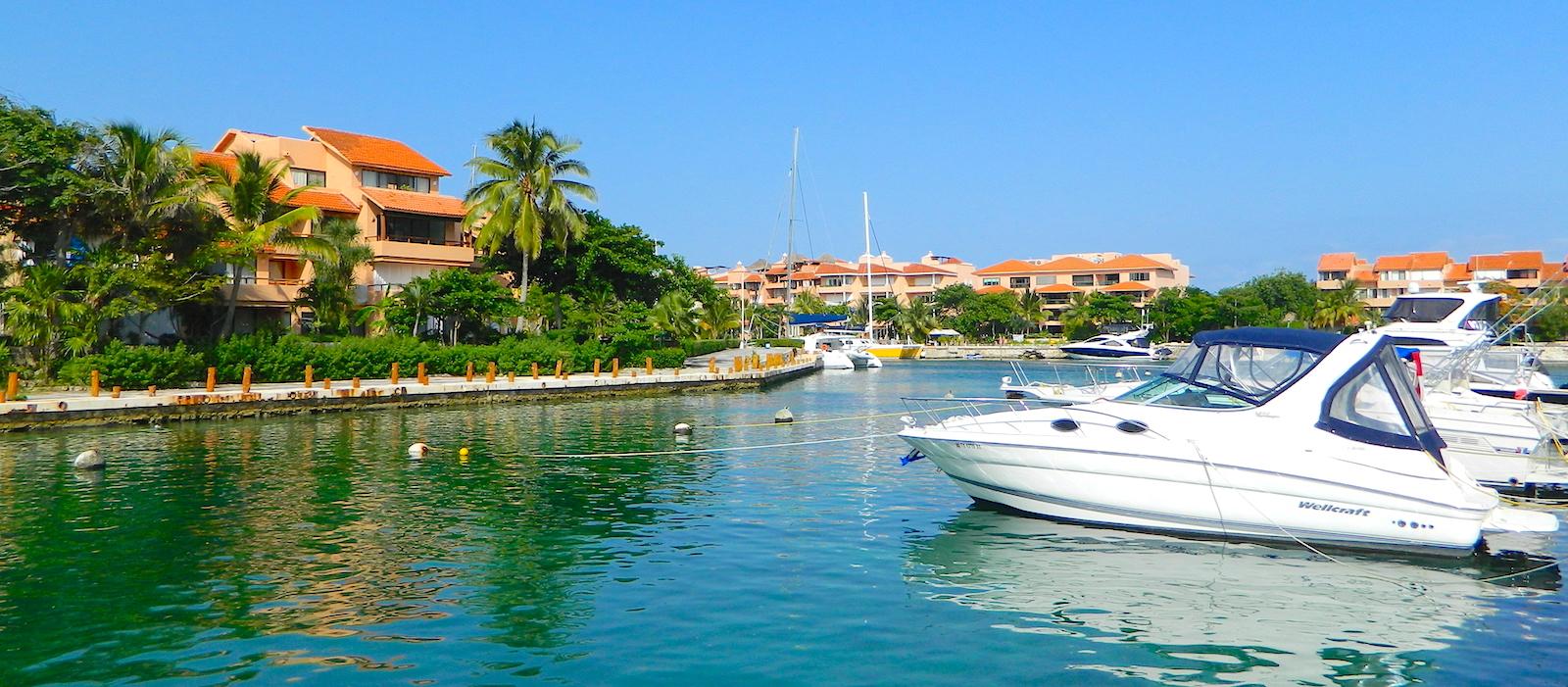 Puerto Aventuras - Playa, Marina y Campo de Golf