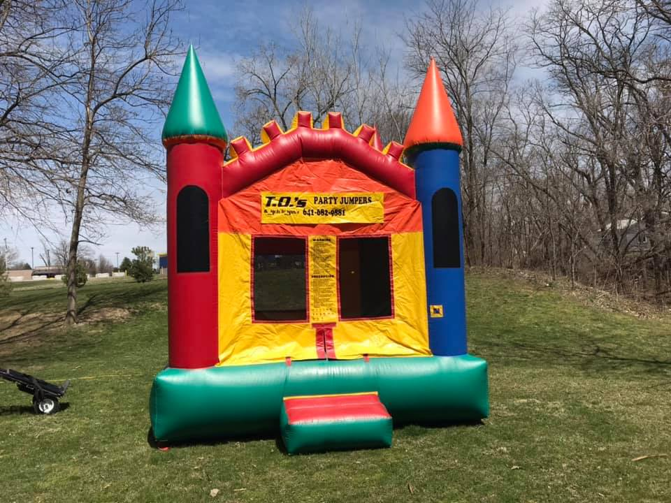 STANDARDCASTLE$120.00 + TAX - We have multiple castles, color scheme may vary slightly.