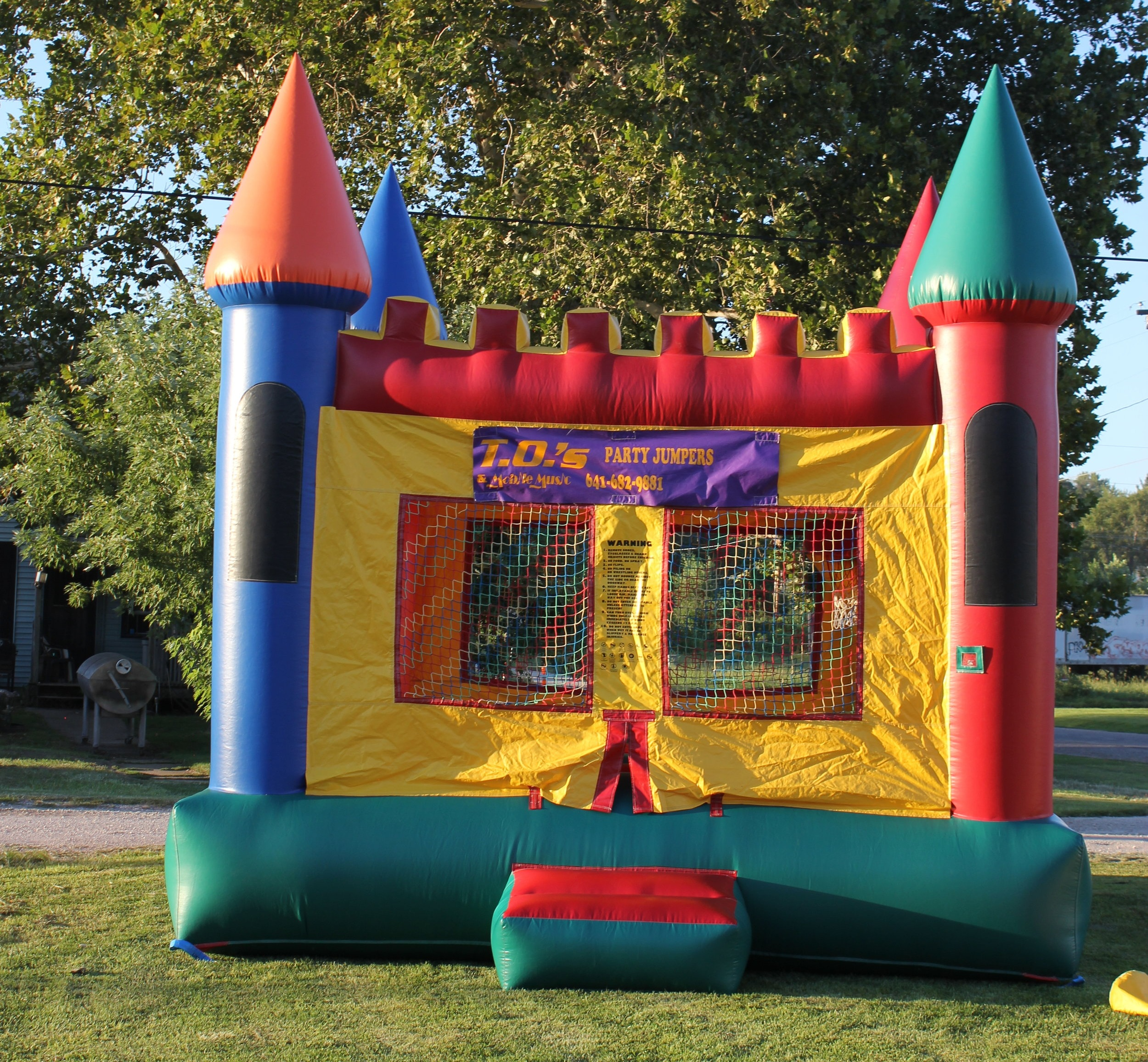 LargeCastle$140.00 + tax - We have multiple castles, color scheme may vary slightly.