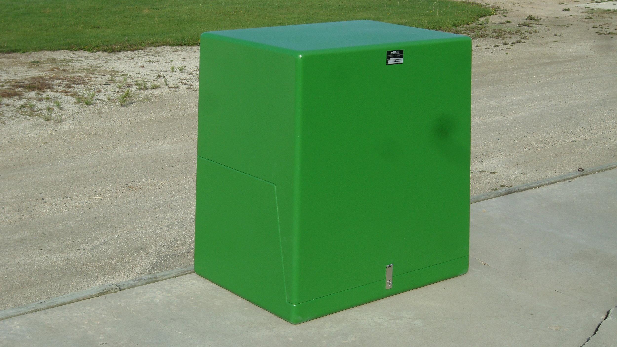 Mekco-Fiberglass-Enclosure2.JPG