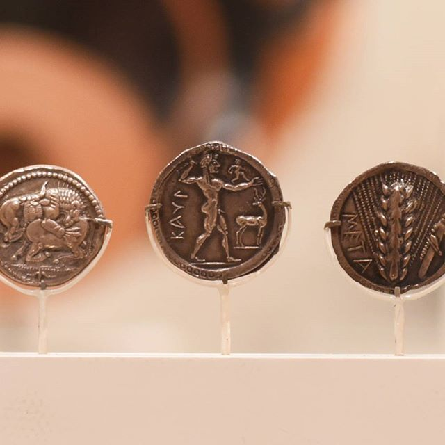 Greek Silver Coin, Apollo and Johnson Stag, 530-510BC. Johnsons on currency! #metmuseum #figleavesareforsissies #dontbeaphilistine #realmendrawdicks #money #ancientart #ancientgreece #apollo #stag #cash #johnson #humanity #beauty #noshame #nothingtohide #silver #currency