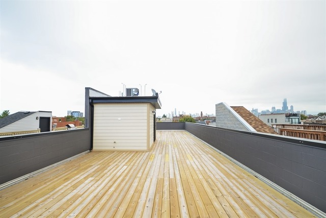 1110 Marshfield #3 (roof).jpg