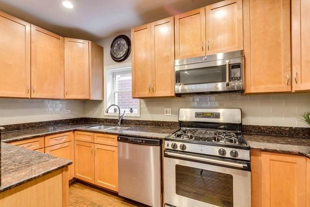 1421 N Fairfield #2 kitchen.jpg
