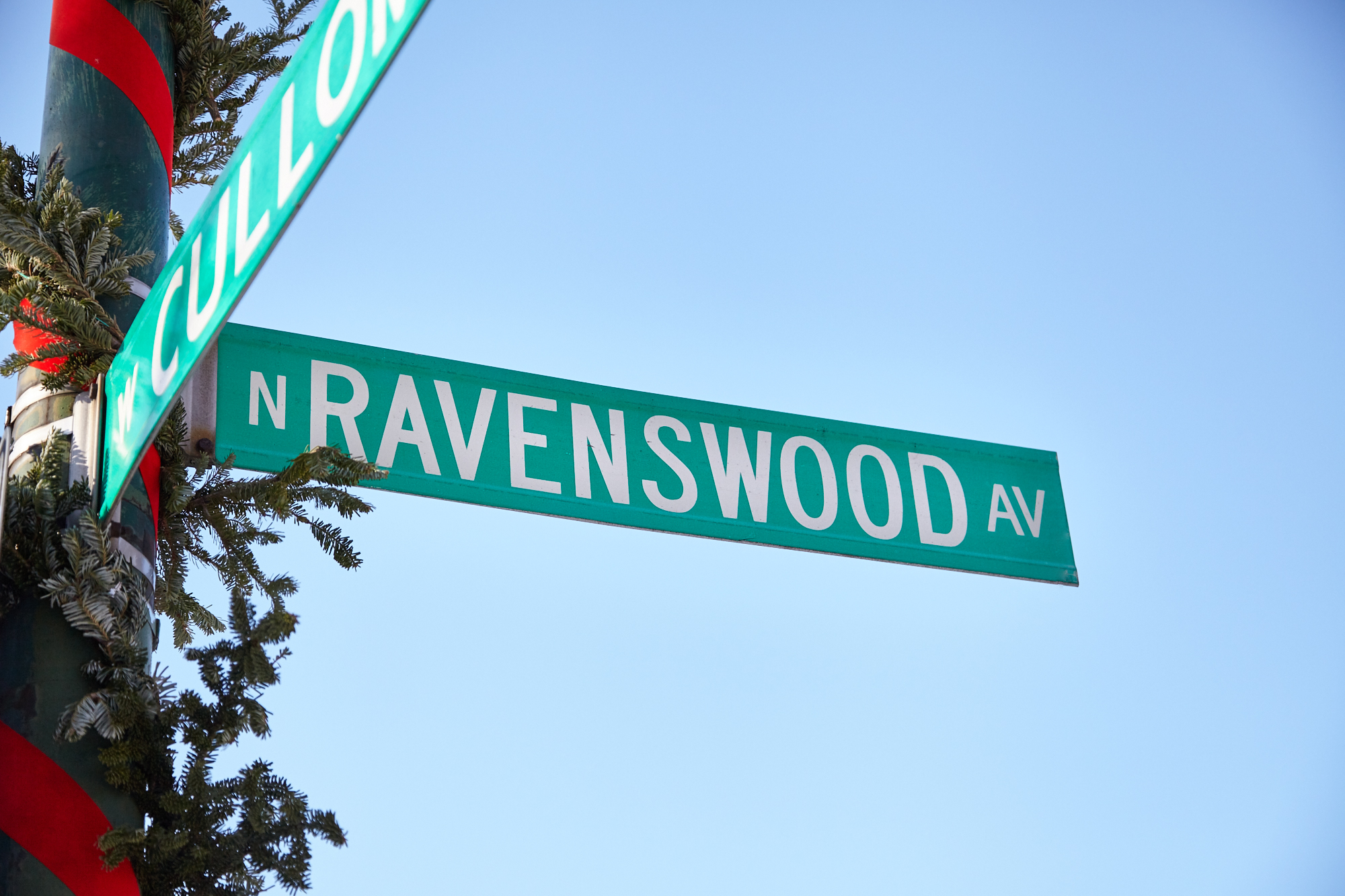 Ravenswood sign.jpg