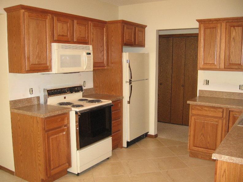 Unit 2 Kitchen.JPG