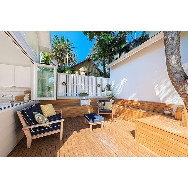 Another outdoor entertaining area