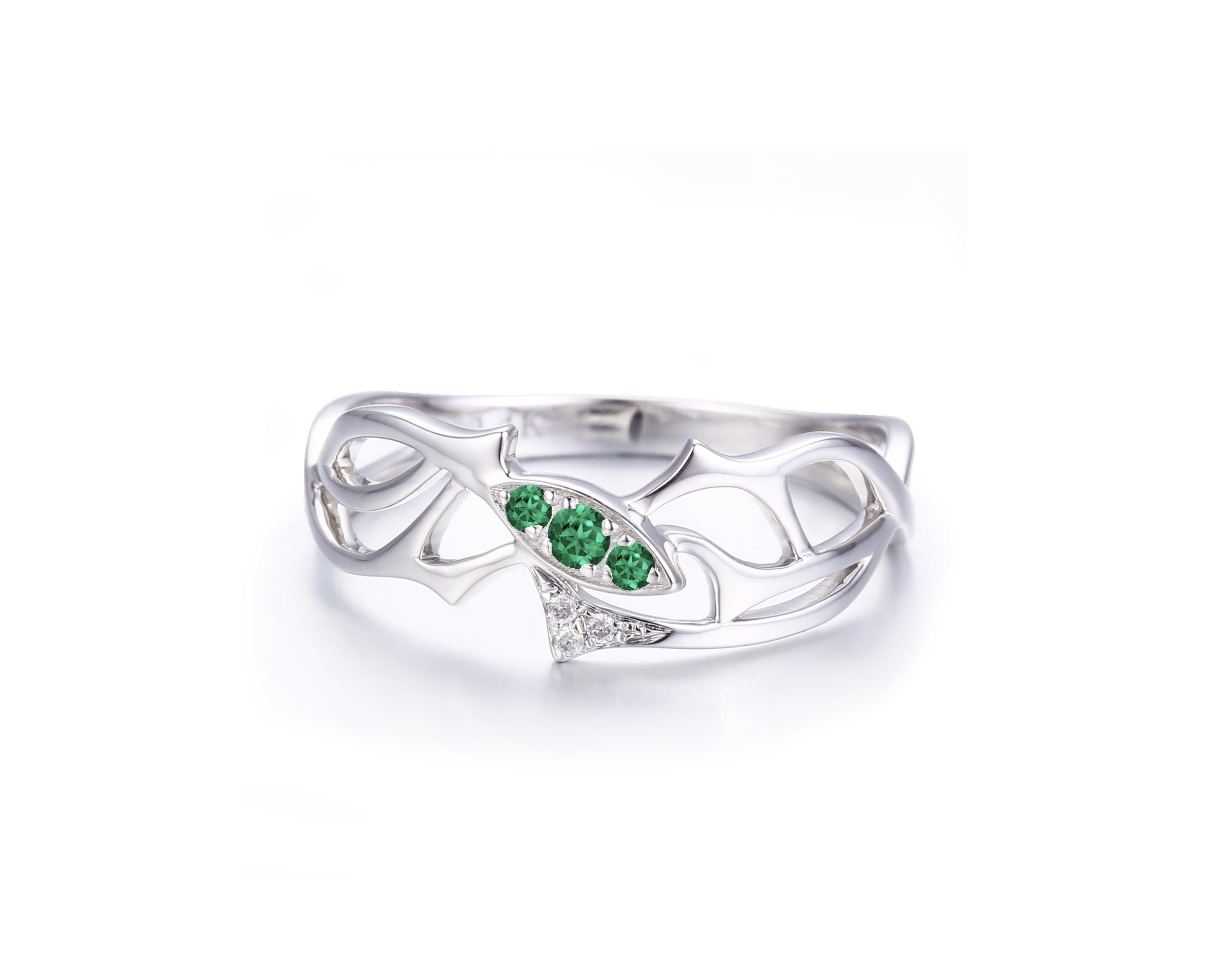 detail-1 - emerald.jpg