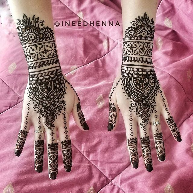 #shaadi #indianwedding #wedding #indianbride #weddingphotography #bride #mehndi #shaadisaga #pakistaniwedding #wedmegood #pakistanibride #bollywood #bridal #bridesmaids  #weddingseason  #weddingsutra  #asianwedding #weddingbells  #weddinginspiration #flinthenna #mihenna #michiganbride