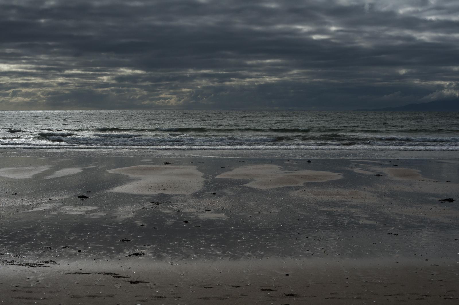 Dark and moody,Oneroa beach