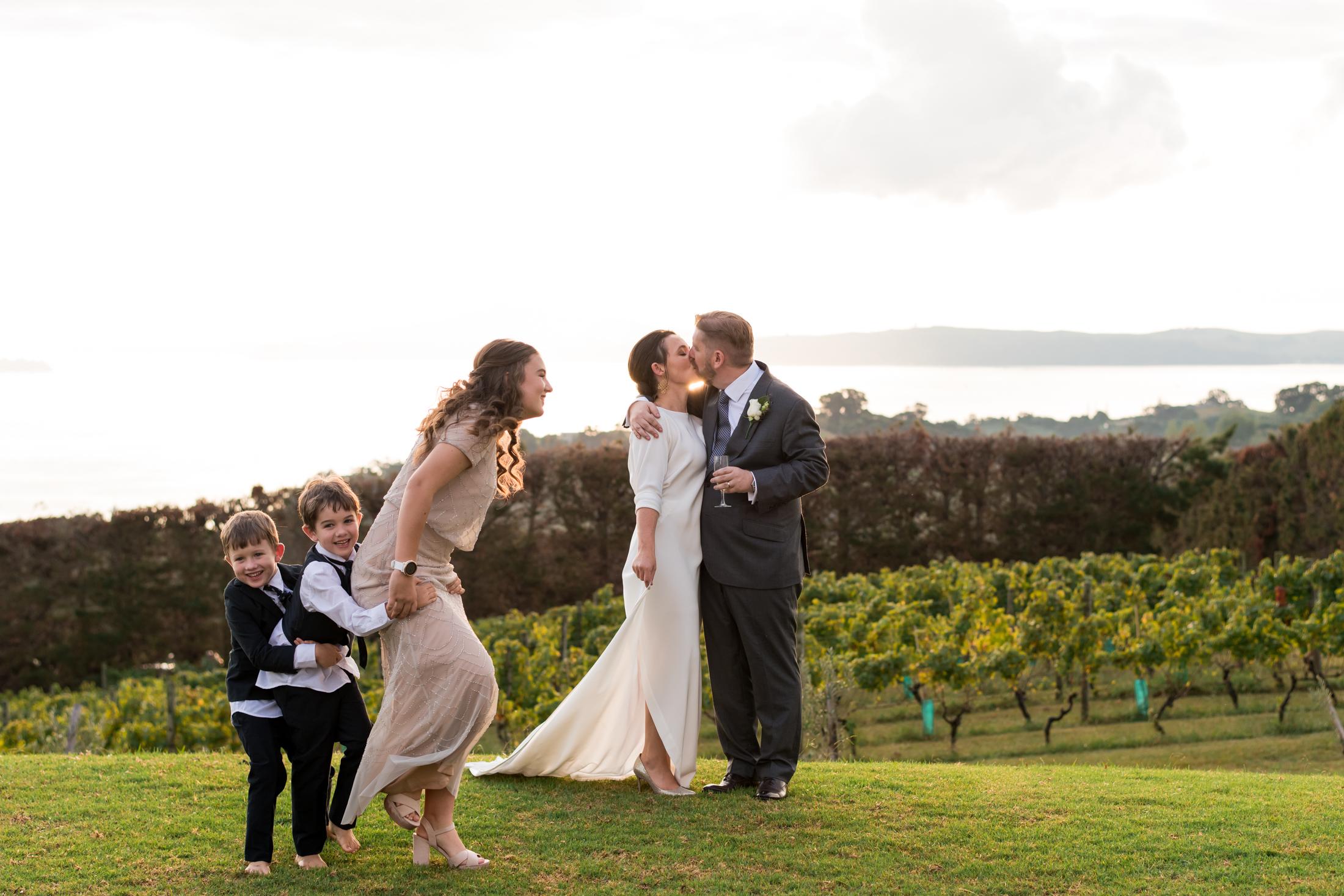 Elissa and Ian - Mudbrick Vineyard, Waiheke