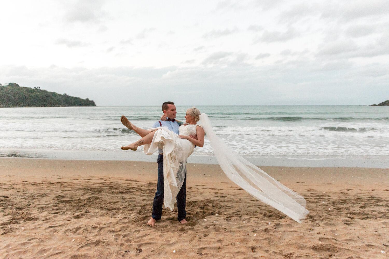 Brittany and Joel - Cable Bay, Waiheke