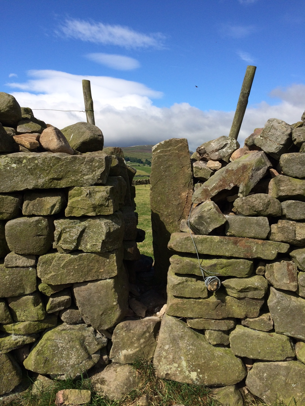 A simple stile (breathe in and hoist that pack!)