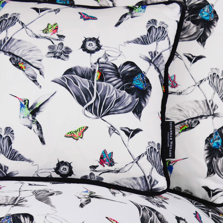 multi-hummingbirds-cushion-4.jpg