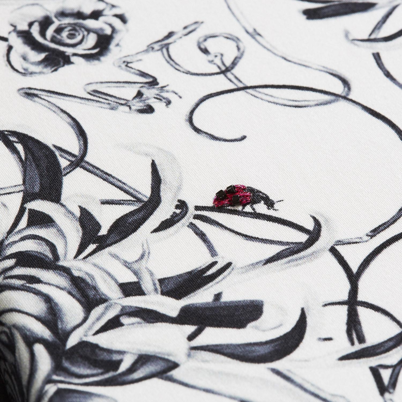 entangled-chrysanthemums-artwork-1.jpg