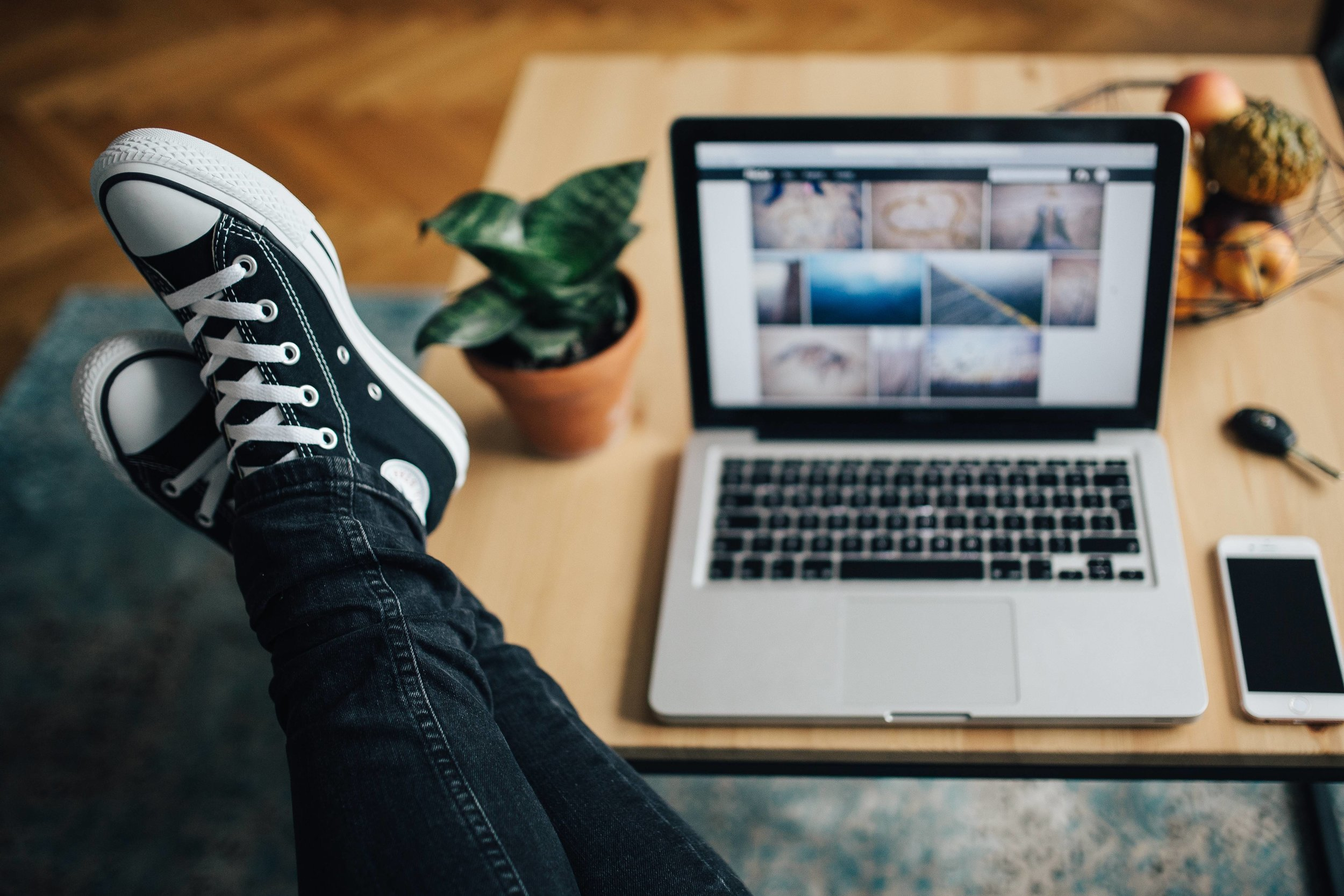 >>FREE download<< 5 beginner blogging mistakes and how to avoid them! #bloggingmistakes #bloggingtips #blogitbetter #socialmediatips #blog #blogger #bloggingforbeginners #blogideas #bloggingformoney #freedownload