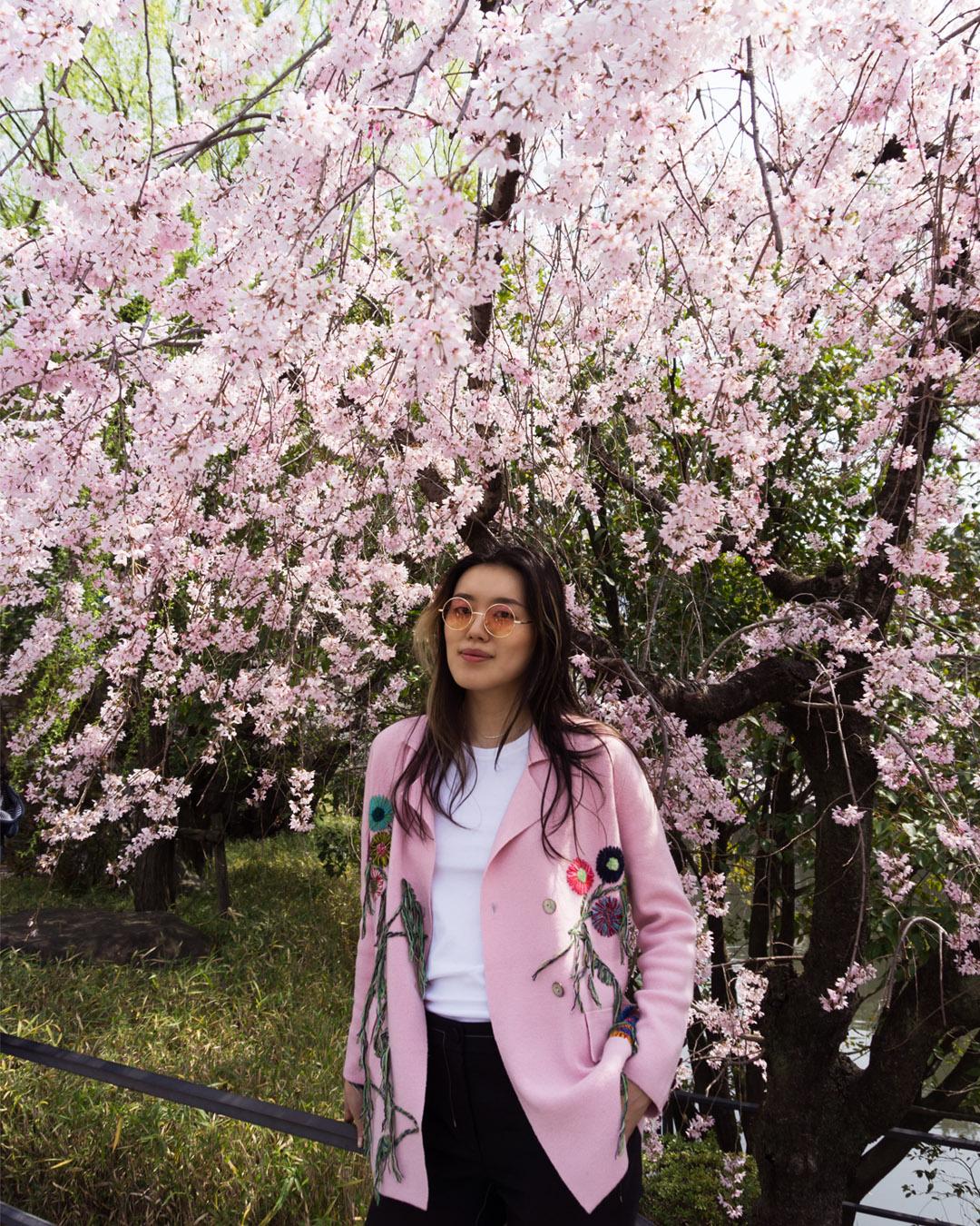 MANDKHAI in tokyo - light pink embroidered suit blazer
