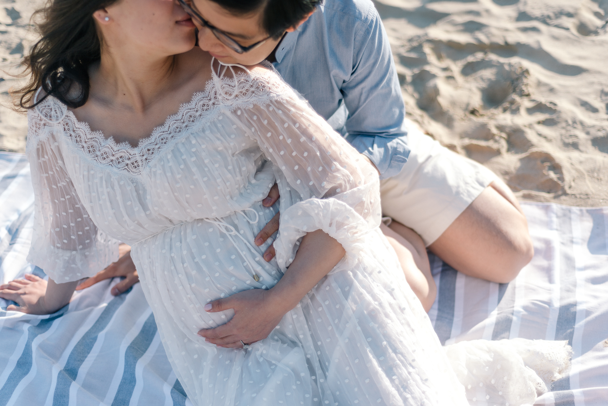balmoral beach, Sydney maternity portrait session