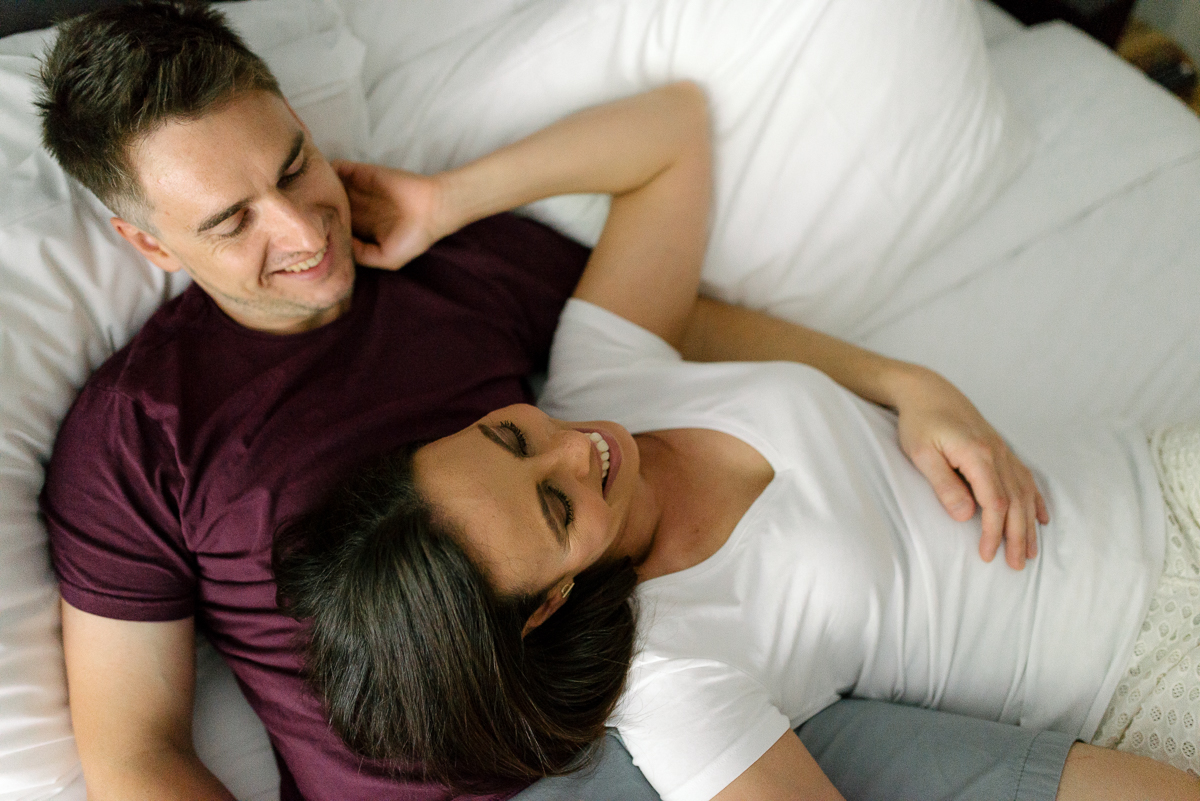 Photography-by-renata-intimate-at-home-engagement-session-in-bed02.JPG