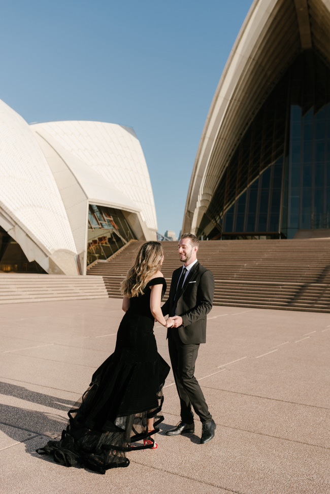 Iconic-Engagement-Shoot-Sunrise-Sydney-Opera-House-The-Rocks-Photography-By-Renata-17.jpg