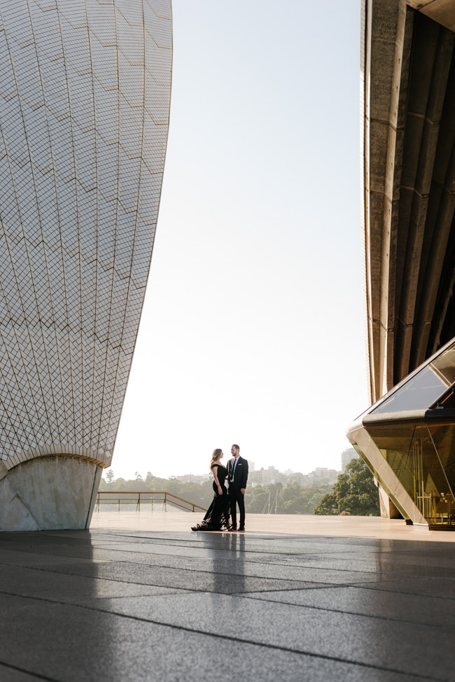 Iconic-Engagement-Shoot-Sunrise-Sydney-Opera-House-The-Rocks-Photography-By-Renata-45.jpg
