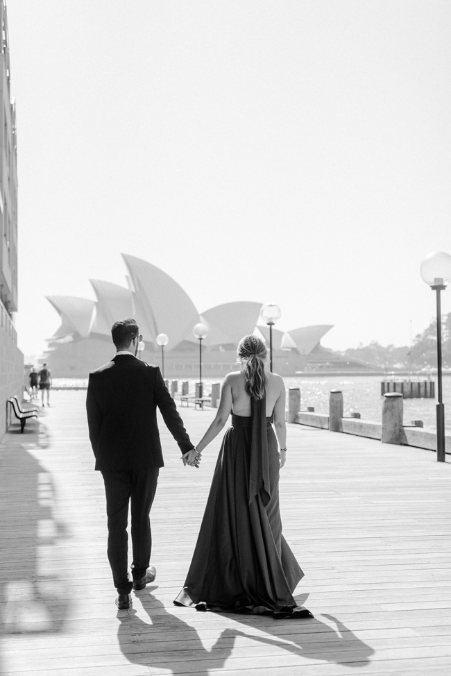 Iconic-Engagement-Shoot-Sunrise-Sydney-Opera-House-The-Rocks-Photography-By-Renata-201.jpg