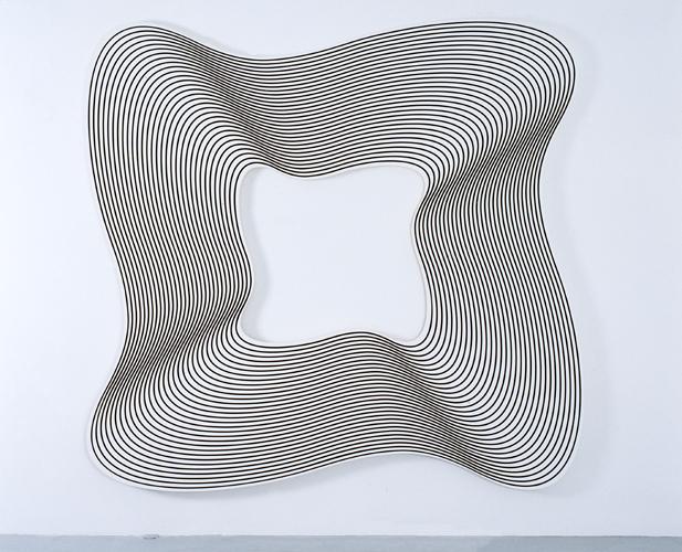 SUZY II, 2005 acrylic on canvas 216 x 223 cm - 85 x 87 3/4 inches