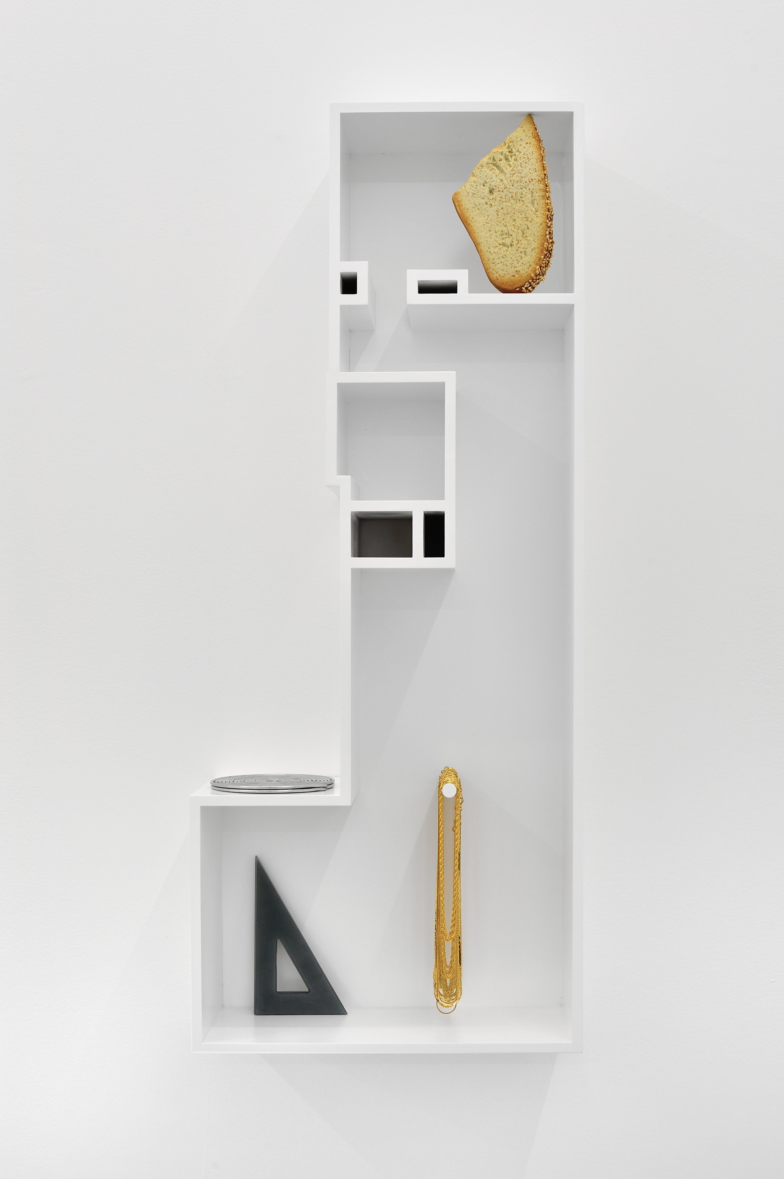 Untitled Model (BREAD AND TRIANGLES), 2015 MDF, poplar, enamel paint, artificial slice of bread, armature wire, plastic triangles, goldtone vintage chains 86,7 x 35,5 x 16,5 cm - 34 1/8 x 14 x 6 1/2 inches