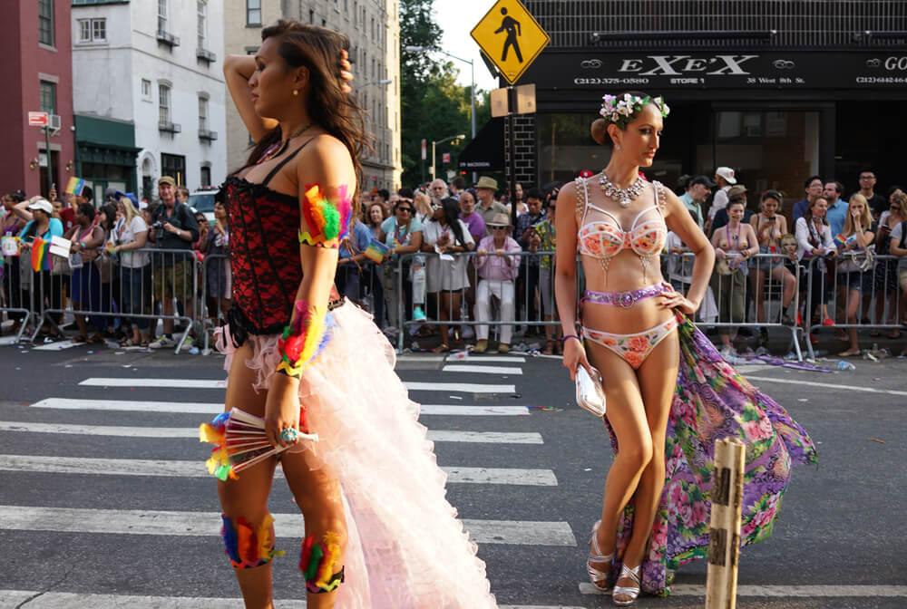 Sam Shahid, New York City Pride March, 2016 digital giclée print 49 x 64 cm - 19 1/4 x 25 1/8 inches (framed)