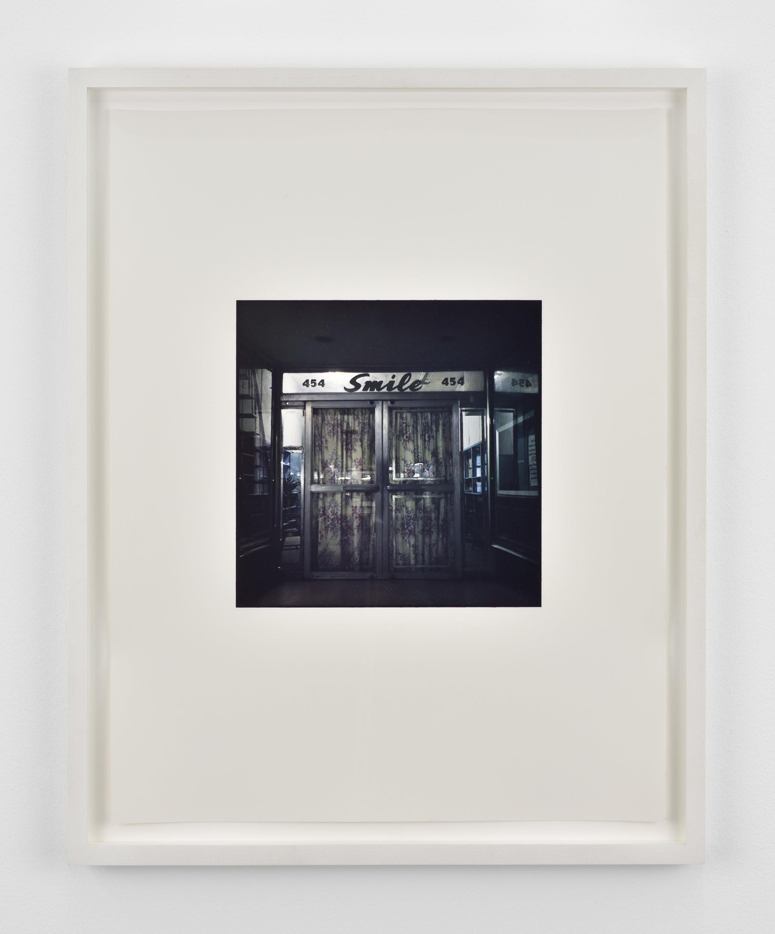 Zoe Leonard Smile, 2001 dye transfer print 22 1/16 x 18 in (56 x 45,7 cm) Edition of 6