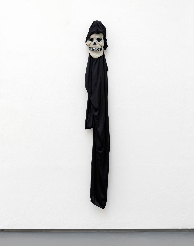 Le Déguisement 1 , 2010 costume, coat-peg 160 x 23 cm - 63 x 9 1/16 in