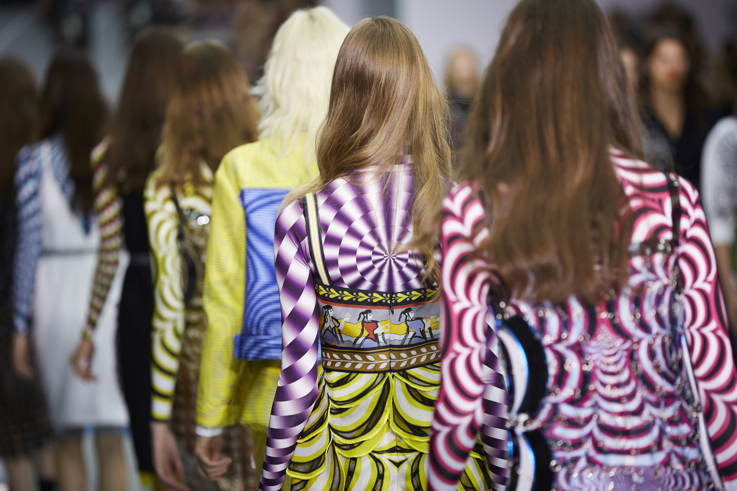 ss-2017_london-fashion-week_GB_0030_mary-katrantzou_68213.jpg