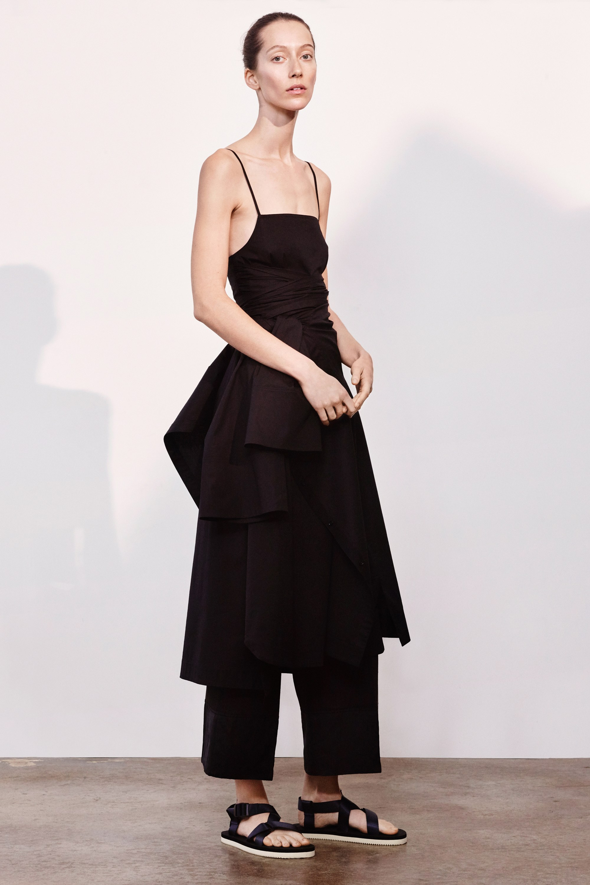 26-elizabeth-and-james-pre-fall-2017.jpg