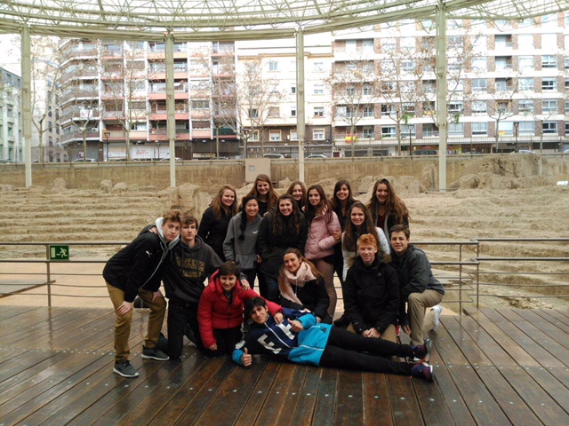 Photo of all the Spanish and American Students in Spain  From Cal Collins