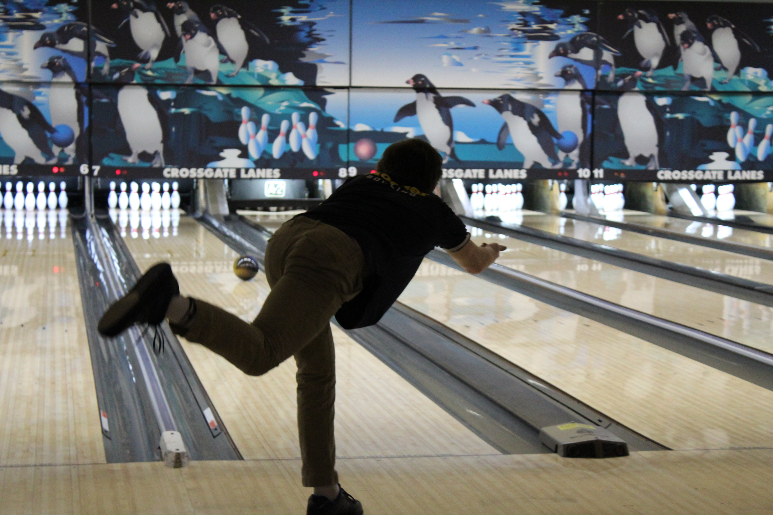 Moeller Bowling hits the lanes at Crossgate. Photo by Tara Grewe