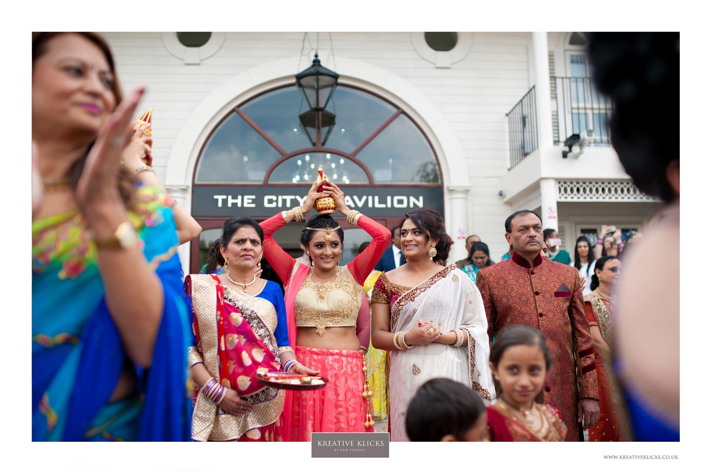 H&M_Hindu-251 KK.jpg