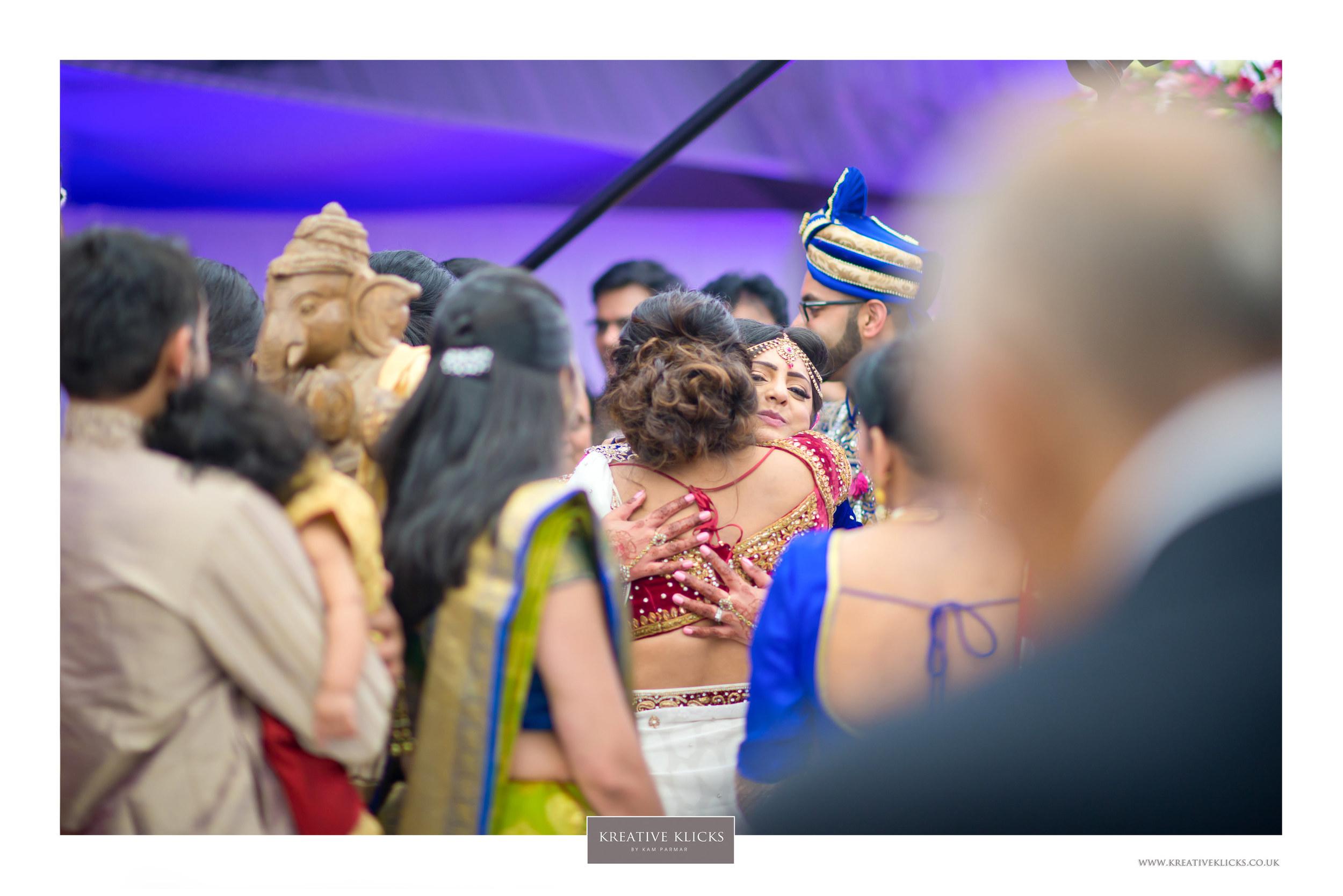 H&M_Hindu-1138 KK.jpg