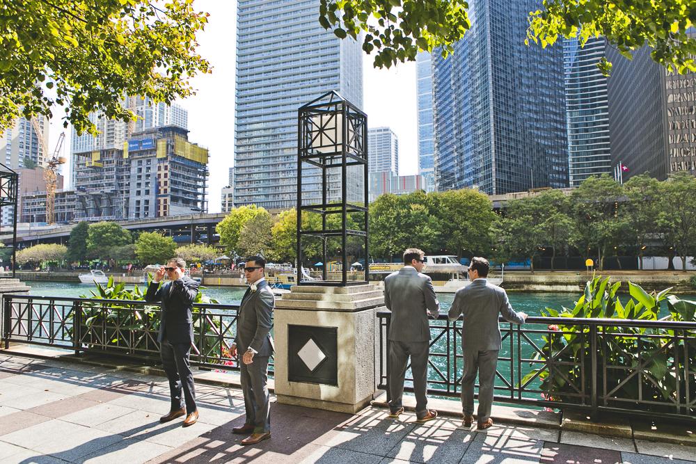 Chicago Wedding Photographer_Tribune Tower Crown_Howls & Hood_JPP Studios_B&J_022.JPG