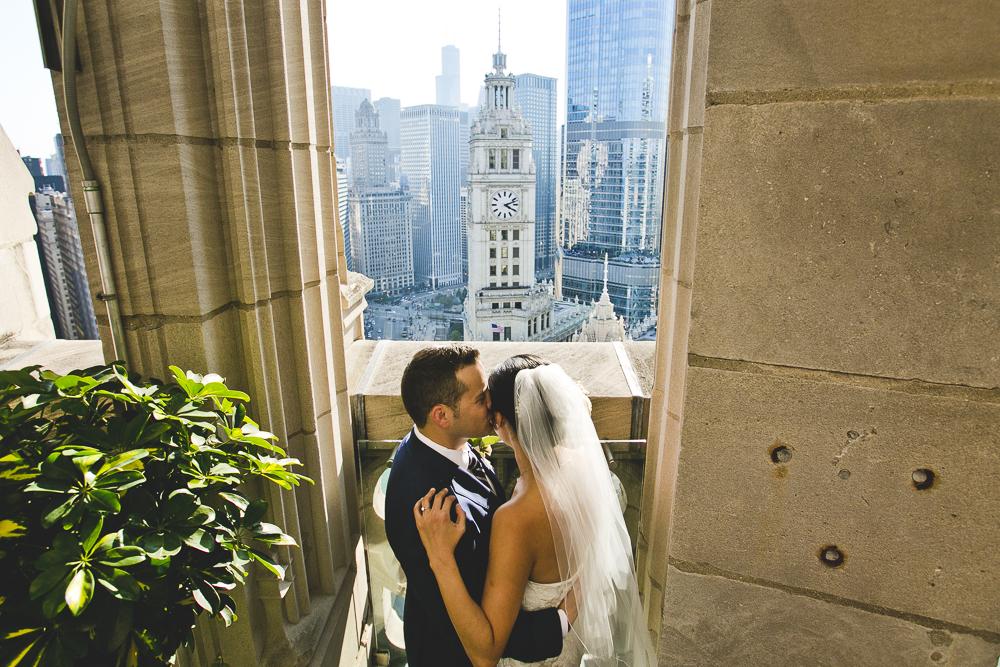 Chicago Wedding Photographer_Tribune Tower Crown_Howls & Hood_JPP Studios_B&J_041.JPG