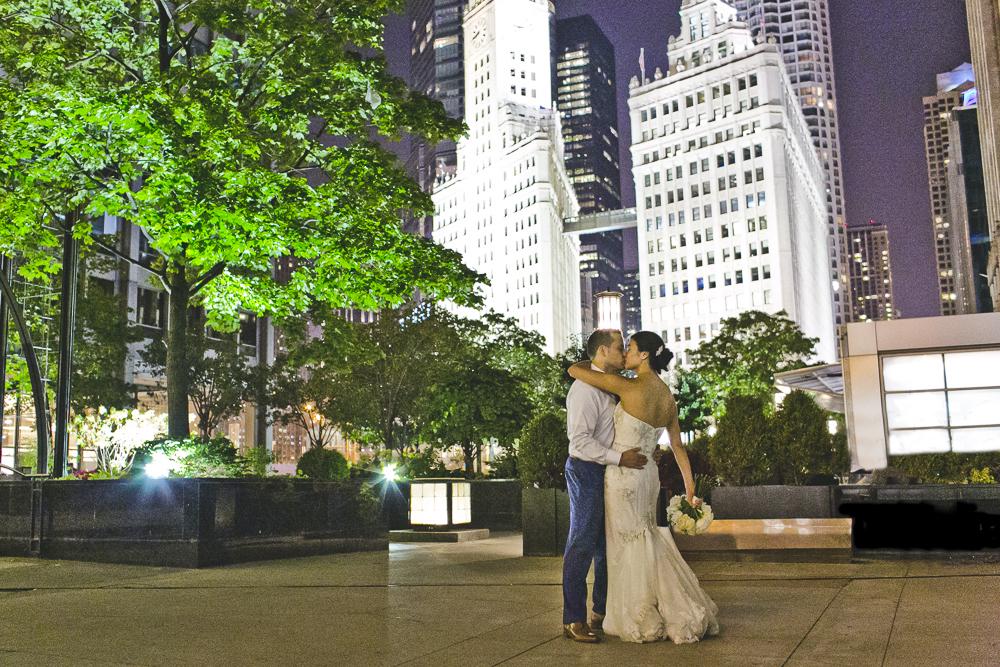 Chicago Wedding Photographer_Tribune Tower Crown_Howls & Hood_JPP Studios_B&J_121.JPG
