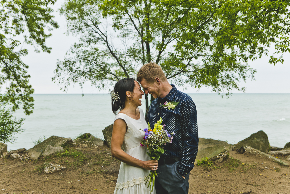 Chicago Wedding Photographers_Small and Intimate Wedding at Loyola Beach_JPP Studios_KI_01.JPG